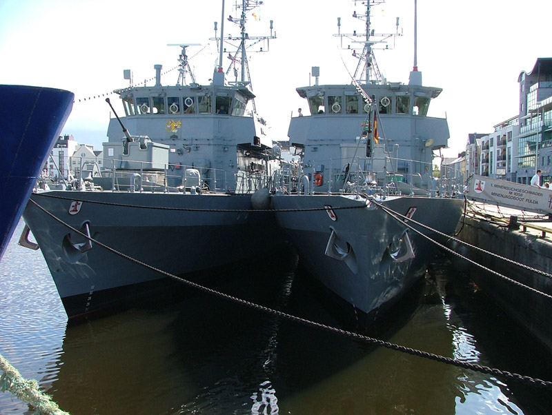 German Navy Minesweepers M1058 Fulda and M1060 Weiden
